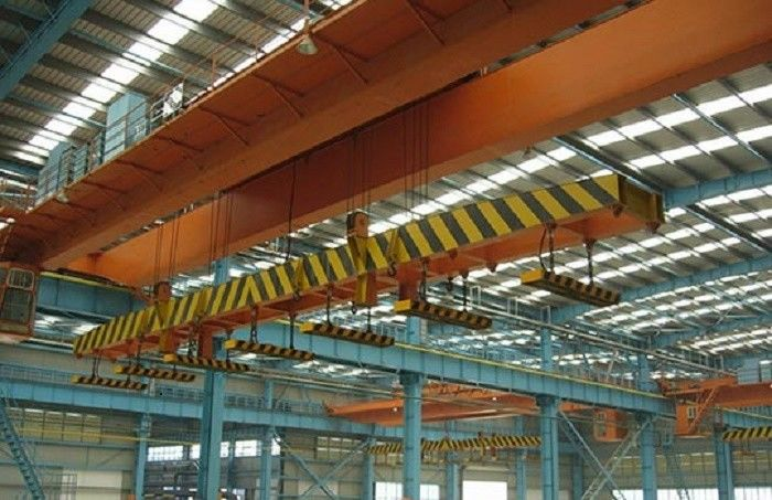 High Speed Double Girder Overhead Crane With Magnet For Lifting Iron / Steel Blocks