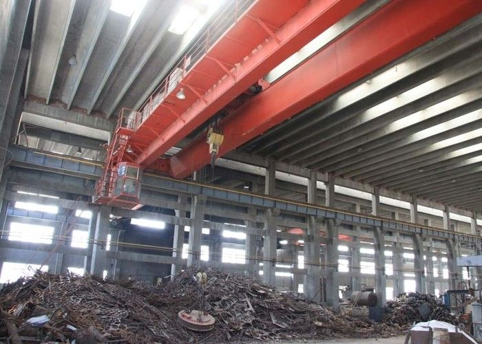 5 ton 10 ton 20 ton Double Girder Overhead Crane EOT Crane With Steel Scrap Steel Bar Electromagnetic Lifting Magnet